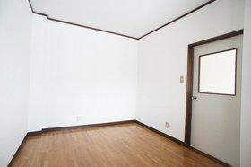 ポートハイム渡辺 301号室
