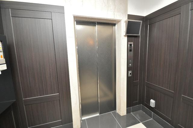 プレミアム菱屋西 嬉しい事にエレベーターがあります。重い荷物を持っていても安心