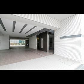 https://image.rentersnet.jp/cdfee835-3c7b-4961-8a74-3c85bcff28f9_property_picture_961_large.jpg_cap_エントランス