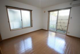 https://image.rentersnet.jp/ce4458de-27d7-410d-92f5-e84604f332ae_property_picture_958_large.jpg_cap_居室