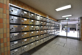 神谷町駅 徒歩3分エントランス