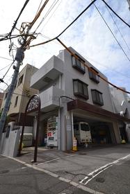 広尾駅 徒歩9分の外観画像