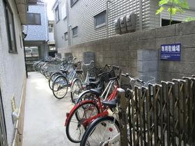 敷地内に駐輪スペース完備となっています!