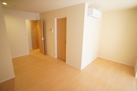 Lithos 302号室