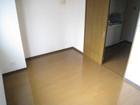 https://image.rentersnet.jp/cef92d89-3a62-449d-a41f-78a9fdd3304c_property_picture_961_large.jpg_cap_居室