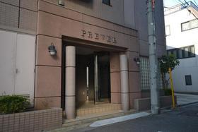 蔵前駅 徒歩15分エントランス