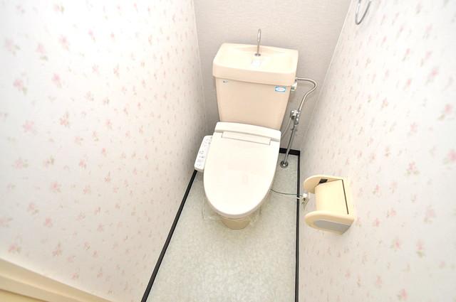 オークハイツ スタンダードなトイレは清潔感があって、リラックス出来ます。