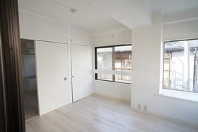 KYマンション 201号室
