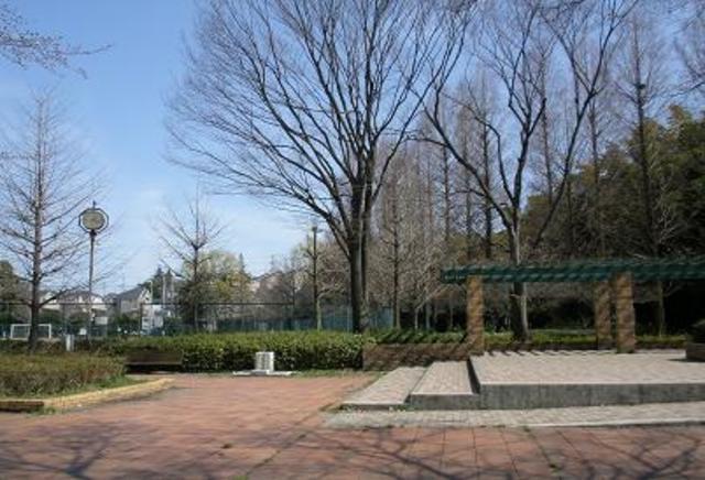 ドゥエル中和田[周辺施設]公園