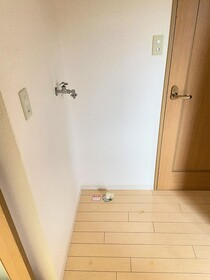 https://image.rentersnet.jp/d0422b8c-baea-42d7-86b8-b6c0dacb57c2_property_picture_2419_large.jpg_cap_居室