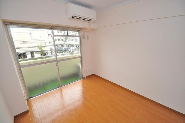 ラフォーレ菱屋西Ⅱ 明るいお部屋はゆったりとしていて、心地よい空間です