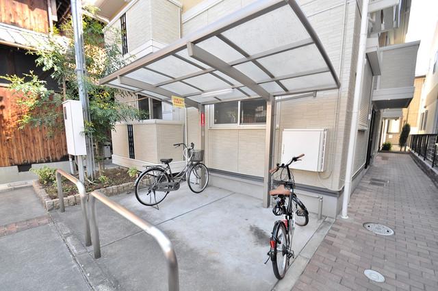 ヴィクトワール あなたの大事な自転車も安心してとめることができますね。