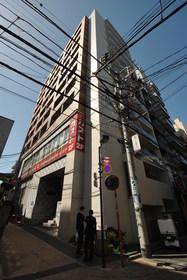三田駅 徒歩3分外観