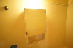 ジョイント・ファミーユB棟 203号室