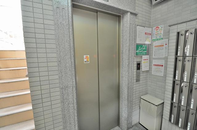 Ritz小阪 嬉しい事にエレベーターがあります。重い荷物を持っていても安心