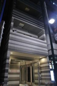 渋谷駅 徒歩6分エントランス