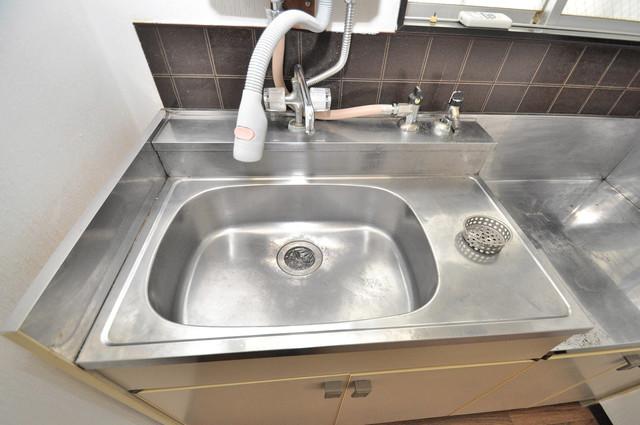 ミツワハイツⅠ こちらのお部屋は洗面台はありません。キッチンと一緒です
