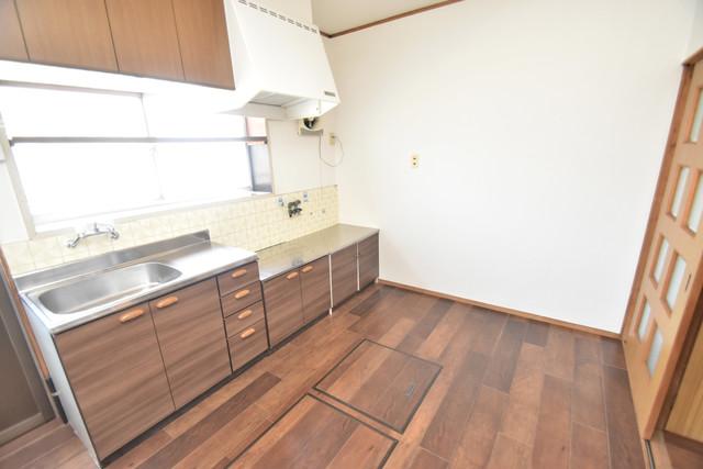 加美北3-12-35貸家 明るいお部屋はゆったりとしていて、心地よい空間です