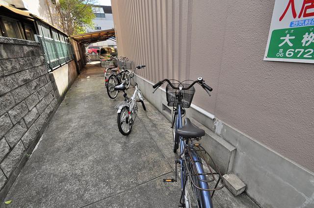 太陽マンション 駐輪場が敷地内にあります。愛車を安心して置いておけますね。