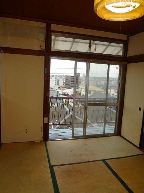横浜駅 徒歩15分居室