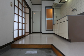 https://image.rentersnet.jp/d19a2743-b1f1-418c-8128-b7897f790742_property_picture_958_large.jpg_cap_玄関