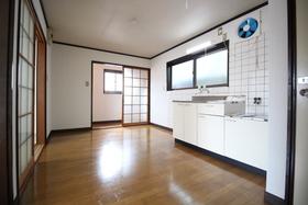https://image.rentersnet.jp/d1c4602c-2589-4b5d-ba58-23d01263dadf_property_picture_1992_large.jpg_cap_居室