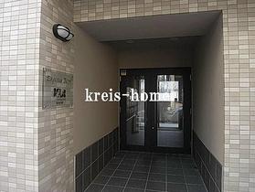 Empereur Beton Tokyoエントランス