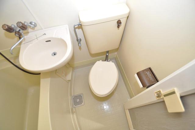 メゾンドール新今里 シャワー1本で水回りが簡単に掃除できますね。