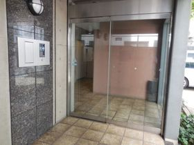 六本木駅 徒歩3分エントランス