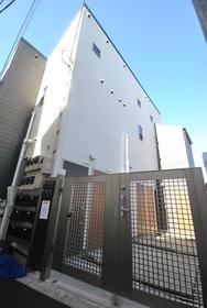 新高円寺駅 徒歩15分エントランス