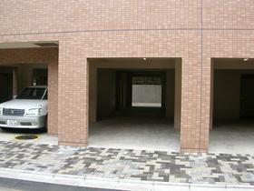 スカイコート品川御殿山EAST駐車場