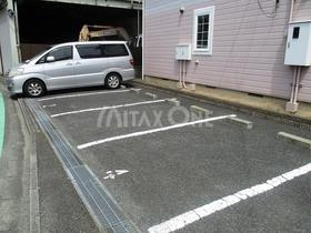 フォンティーヌ駐車場