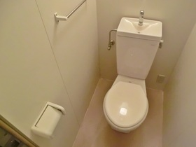 清潔感のあるトイレです♪
