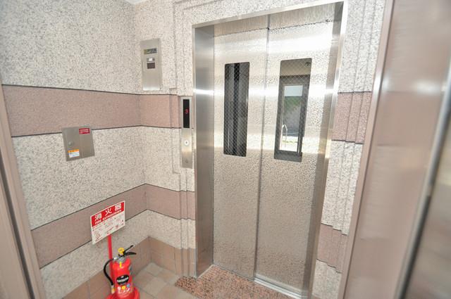 プリムローズHY1 エレベーター付き。これで重たい荷物があっても安心ですね。