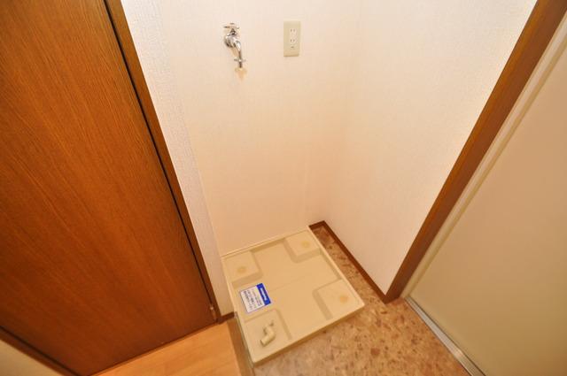 Grace Court 室内に洗濯機置き場があれば雨の日でも安心ですね。