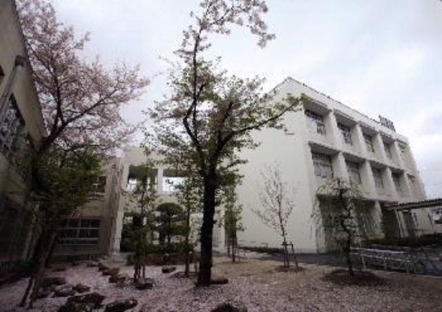 荒川貸家B 東大阪市立布施中学校