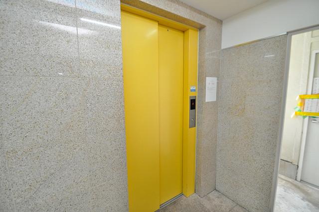 カインド高井田 嬉しい事にエレベーターがあります。重い荷物を持っていても安心