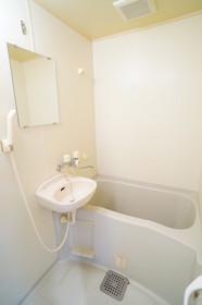 https://image.rentersnet.jp/d3ab8feb-1a61-496f-8269-ed0135768c34_property_picture_960_large.jpg_cap_他号室の参考写真