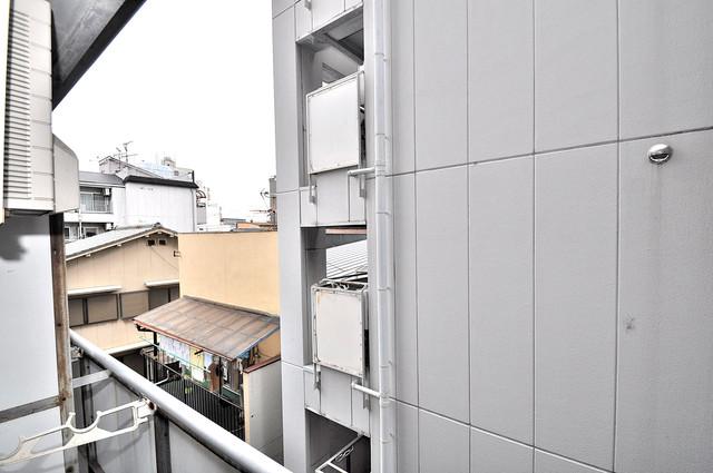 アリーヴェデルチ小阪 この見晴らしが陽当たりのイイお部屋を作ってます。