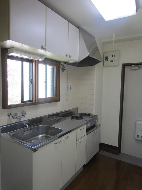 小室ビルキッチン