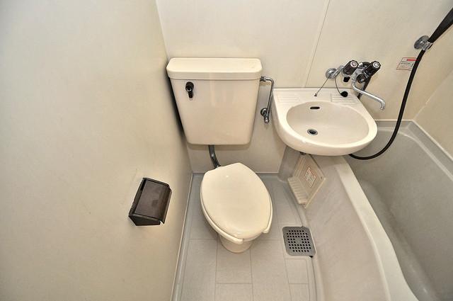 ロイヤル巽 シャワー1本で水回りが簡単に掃除できますね。