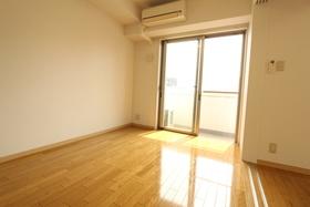 https://image.rentersnet.jp/d4bef8aa-85b5-42bf-8e29-520ed623c4a9_property_picture_958_large.jpg_cap_居室