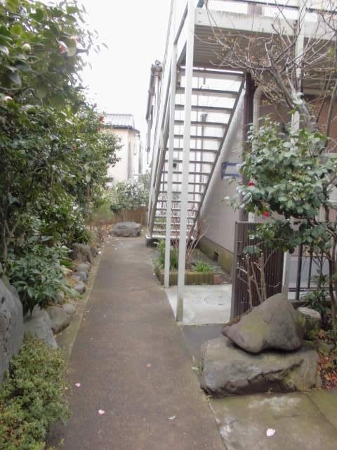 武蔵小杉駅 徒歩13分エントランス
