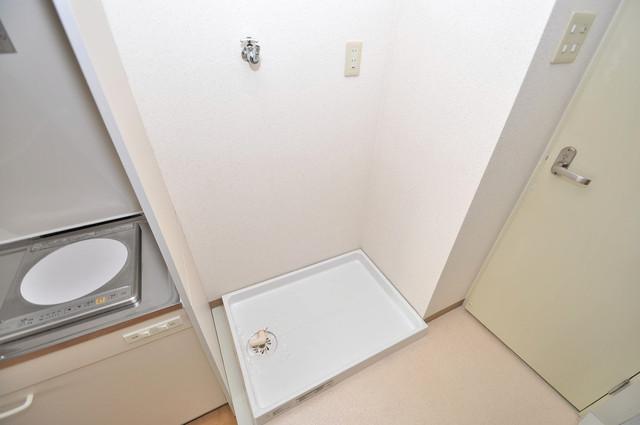 フォレステージュ長瀬 室内に洗濯機置き場があれば雨の日でも安心ですね。