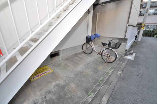 第1ハラダハイツ あなたの大事な自転車も安心してとめることができますね。