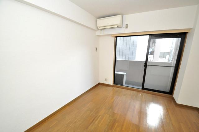 リンクスイン東大阪Part2 窓があるので風通しが良く、快適な睡眠がとれそうですね。