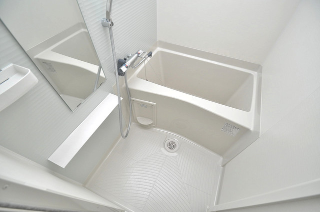 レジュールアッシュOSAKA新深江 浴室乾燥機付きなので、雨の日も気にせずお洗濯が出来ます。