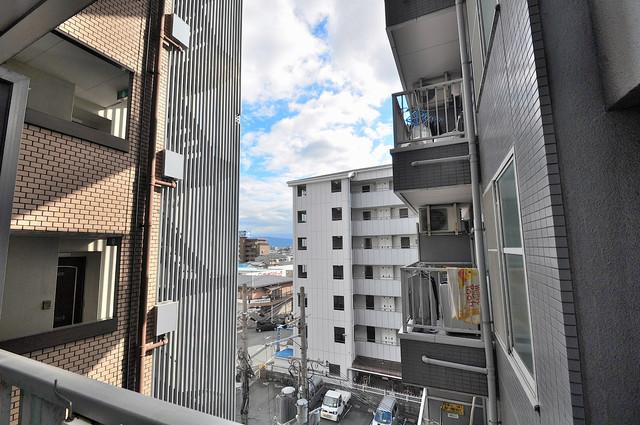 清洲プラザ高井田 目の前に建物がありますがこのように日も入ってきます。