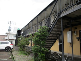 https://image.rentersnet.jp/d67265b49f361d6e285531ac744a8d51_property_picture_3186_large.jpg_cap_外観