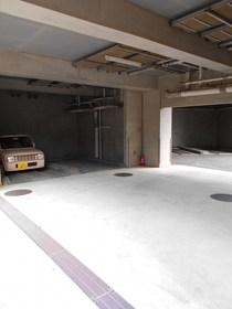 新丸子駅 徒歩9分駐車場